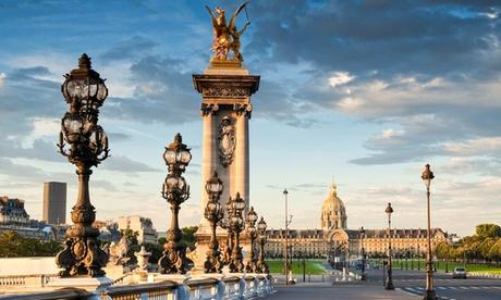 París: 1, 2 o 5 noches para 2 en habitación doble en Hotel Carlton's 4*