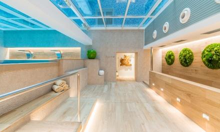 Circuito Spa de 90 minutos con infusión, masaje y opción a menú para 2 personas desde 79 € en Salles Pere IV - Spa