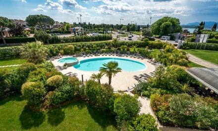 Desenzano 4*: camera per 2, colazione, aperitivo e piscina est. a 129€euro