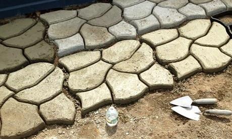 """Stampo per pavimentazione da giardino effetto """"lastricato in pietra"""