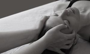 Heilpraktikerin Caroline Hupe: 60 oder 90 Min. Massage nach Wahl bei Heilpraktikerin Caroline Hupe (42% sparen*)
