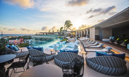 Stay with Welcome Drinks and Daily Breakfast at Thompson Playa del Carmen in Mexico. Dates into September.