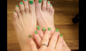 Call Me Natural: $35 for One Scrub Me Down Mani-Pedi at Call Me Natural ($70 Value)