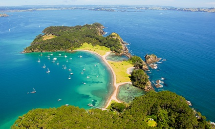Bay of Islands, Paihia: 1 or 2 Nights for Two with Breakfast and Late CheckOut at Paihia Pacific Resort Hotel