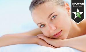 Una o dos sesiones de mesoterapia inyectada antienvejecimiento en rostro, cuello o escote desde 49,95 € en La Alameda