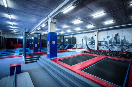 salto trampoline arena mougins mougins provence alpes c te d 39 azur groupon. Black Bedroom Furniture Sets. Home Design Ideas