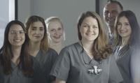 Wertgutschein über 129,90 € anrechenbar auf professionelles Zahn-Bleaching bei den Elisenhof Zahnärzten