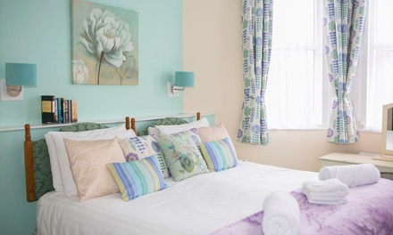 Torquay: Up to 3-Night 4* Stay with Breakfast