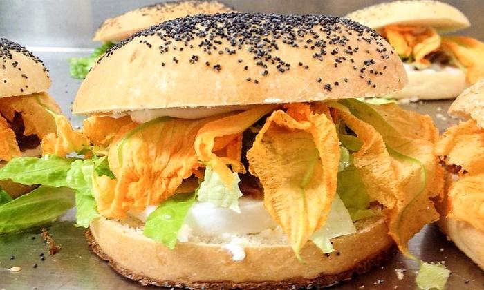Lac Bistrot - RM: Menu burger gourmet di carne o pesce, vegetariano e senza glutine con birra al Lac Bistrot (sconto fino a 53%)