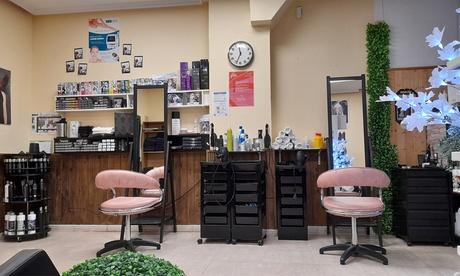Sesión de peluquería con corte y opción a tinte y mechas en Khalê - Bienestar, Salud y Belleza