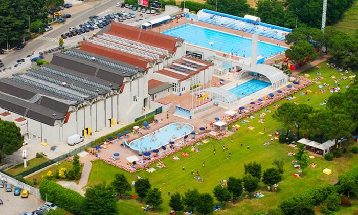 NATATORIUM TREVISO - Più sedi: Natatorium Treviso - Ingressi in piscina per il nuoto libero o 10 lezioni di aquafitness in 2 sedi