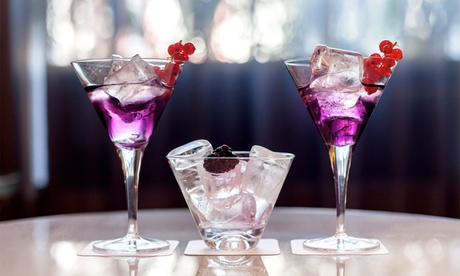 Atardecer en el bar Eugenie con 2 o 4 cócteles y aperitivos en Barceló Emperatriz