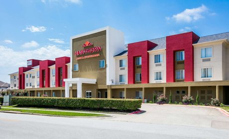 Groupon Convenient Hotel Near Dallas And Airport