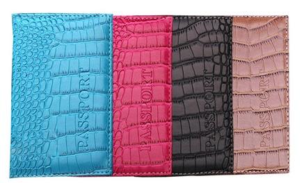 Fino a 4 porta passaporto con effetto pelle di coccodrillo disponibili in 4 colori