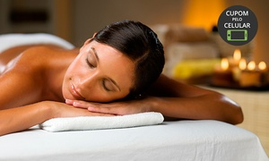 Natural Estética: Natural Estética - Pajuçara: 4, 8 ou 12 visitas demassagem modeladora ou relaxante + esfoliação corporal
