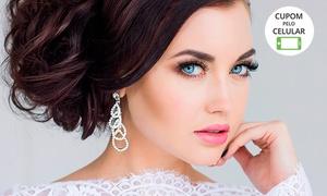 Espaço da Beleza Patrícia Reis: Penteado, maquiagem com dégradé e cílios postiços (opção com buço e sobrancelhas)