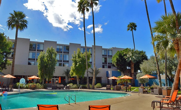 Hotel 502 - Phoenix, AZ: Stay at Hotel 502 in Phoenix, with Dates into January
