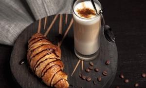 Caffè Antico: 12 colazioni con una bevanda calda, pasta a scelta e cioccolatino al Caffè Antico (sconto 69%)