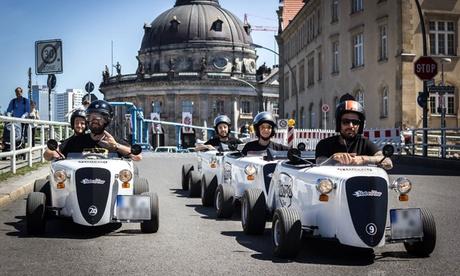 """120 Min. Hot Rod Tour """"Discover Berlin"""" für 2 bis 6 Personen bei Hot Rod Tour Berlin"""
