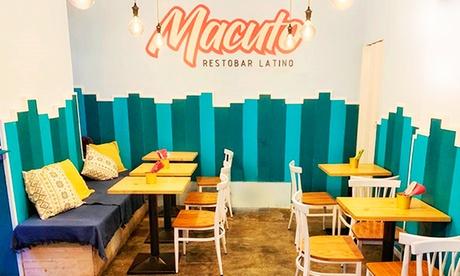 Menú latino con entrante, principal, postre y bebida en Macuto (hasta 64% de descuento)