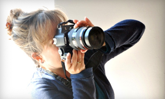 Photo Center NW - Minor: $55 for a Crash Course in Black-and-White or Digital SLR Photography or Adobe Photoshop at Photo Center NW ($135 Value)