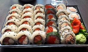 Sibo Area Sushi: Desde $359 por 32 o 64 piezas de sushi all salmón para retiro en 2 sucursales de Sibo Área Sushi