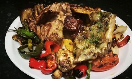 Parrillada de carne y verduras con entrantes, postre y botella de vino o sidra desde 24,95€ en Sidrería del norte