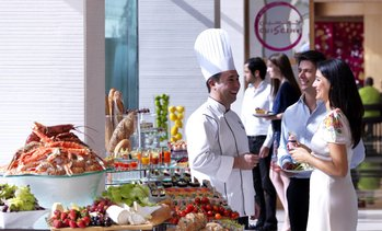 5* Buffet at 5* Fairmont Bab Al Bahr
