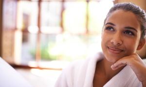Marconi Beauty Center di Manuela Pirri: Pacchetto con shampoo, taglio, piega e maschera per una o 2 persone al Marconi Beauty Center (sconto fino a 72%)