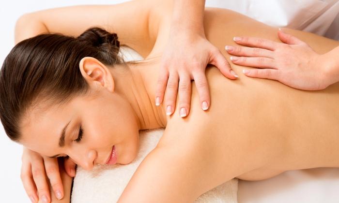 Estetica Elisa - Estetica: Bellezza per viso e corpo con trattamenti a scelta come massaggio e ceretta da 29 €