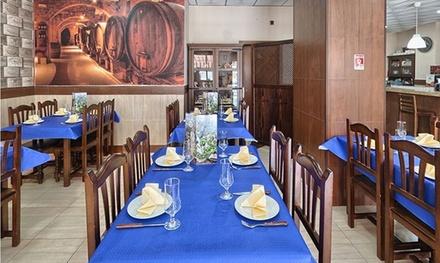 Menú para 2 o 4 con entrante, principal, postre o café y botella de vino o bebida desde 24,95 € en La Cigala Del Sur II