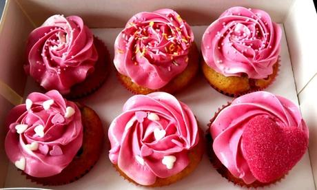 Caja de 12 o 24 cupcakes de distintos sabores y temáticas desde 10,95 € en The Cupcake House & Café