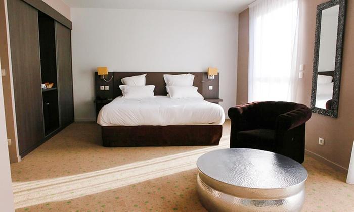 h tel aquakub aix les bains rhone alpes groupon getaways. Black Bedroom Furniture Sets. Home Design Ideas
