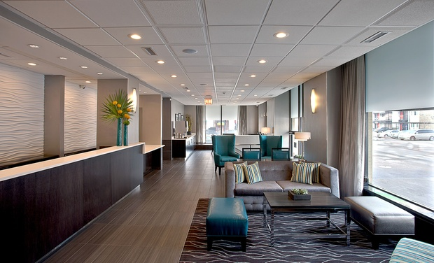 Best western river north hotel groupon for Best hotels in river north chicago