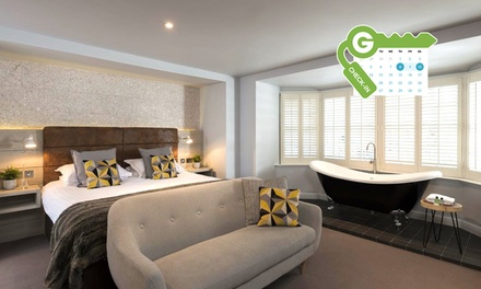 York: Luxury Room or Deluxe Bay Suite for Two with Late CheckOut at Jorvik House
