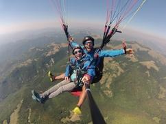 Fly The Apennines: Esperienza di parapendio in biposto da 95 minuti per una o 2 persone con Fly The Apennines (sconto fino a 25%)