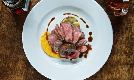 Bronkhorst: 1, 2 of 3 nachten bij Herberg de Gouden Leeuw met ontbijt en naar keuze een 3 of 4gangendiner.