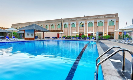 Abu Dhabi: 1 Night Stay for Two with Romantic Setup, Breakfast and Optional Dinner at Western Hotel Ghayathi