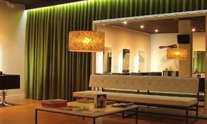 Mar García: Tratamiento alisador brasileño o japonés con lavado, masaje craneal, peinado y corte desde 59,95 € en Mar Garcia