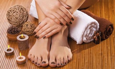 Promozione Centri Estetici Groupon.it Manicure e pedicure con smalto