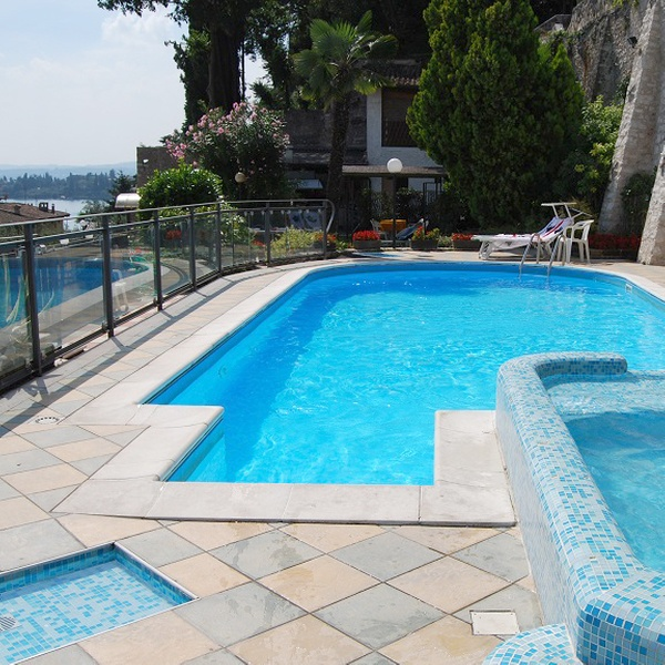 Gardasee: 1 bis 3 Nächte für Zwei inkl. Frühstück, 1x Dinner und 1x Spa im  Hotel Bel Soggiorno