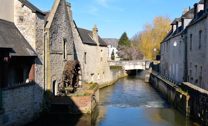 Normandie : 1 à 3 nuits avec petit déjeuner et dîner en option à l'Hôtel-Restaurant Le Lion d'Or pour 2 personnes