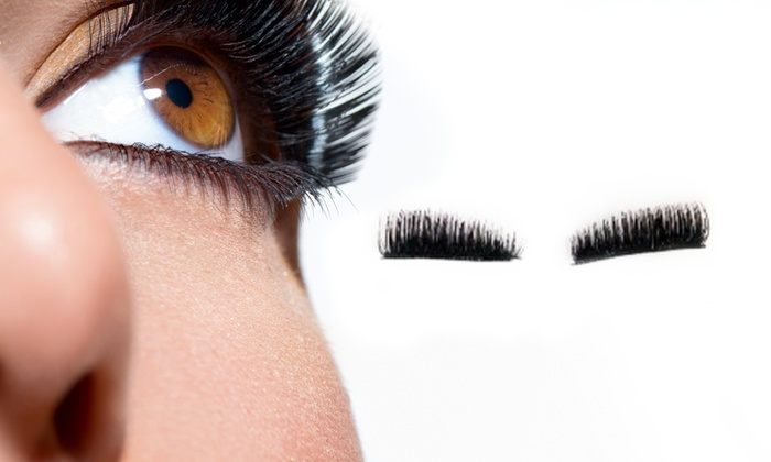 bcad6e2b2e2 Up To 77% Off Triple Magnet, Magnetic Lashes | Groupon