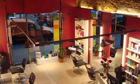 Sesión de peluquería con opción a tinte y/o mechas desde 16,95 € en 3 centros Màrius Escoda Perruquers