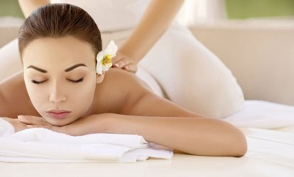 image for Choice of 60-Minute Massage ($55) Plus 15-Minute Foot Reflexology ($69) at CheWa Sense Thai Massage (Up to $120 Value)