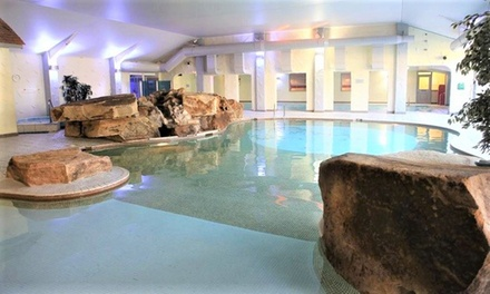 Lancashire: Double Room for Two with Breakfast, Dinner, Wine and Late CheckOut at Best Western Park Hall Hotel