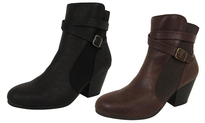 Invitation Heeled Ankle Boots