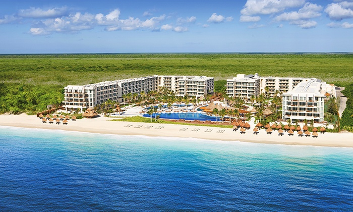 All-Inclusive Dreams Riviera Cancun Trip w/Air from Vacation Express