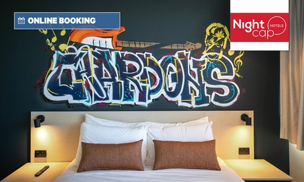 Brisbane: Up to 3 Nights for Two People with Breakfast Box, Late Check-Out and Parking at Chardons Corner Hotel