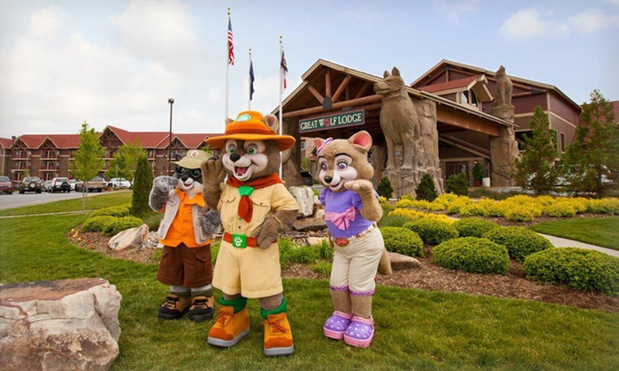 Great Wolf Lodge Pocono Mountains - Scotrun, PA: Stay with Water Park Passes and Resort Credit at Great Wolf Lodge Pocono Mountains. Dates into November.